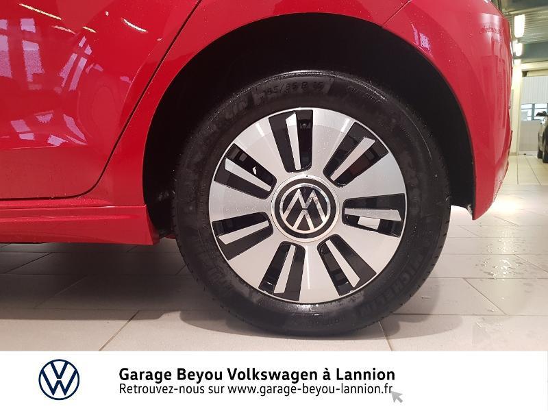 Photo 22 de l'offre de VOLKSWAGEN e-up! Electrique 83ch à 14990€ chez Garage Beyou - Volkswagen Lannion
