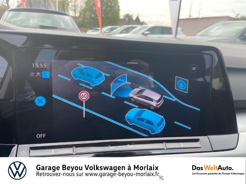 Photo 20 de l'offre de VOLKSWAGEN Golf 2.0 TDI SCR 115ch Life 1st à 25990€ chez Garage Beyou- Volkswagen Morlaix