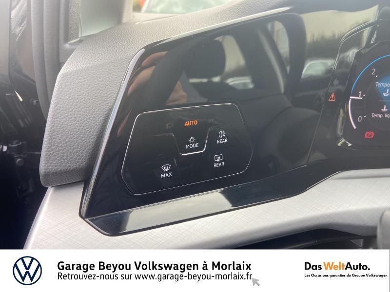 Photo 19 de l'offre de VOLKSWAGEN Golf 2.0 TDI SCR 115ch Life 1st à 25990€ chez Garage Beyou- Volkswagen Morlaix