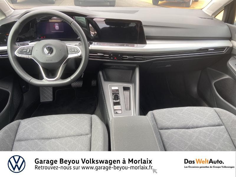 Photo 6 de l'offre de VOLKSWAGEN Golf 1.5 eTSI OPF 150ch Life 1st DSG7 à 24990€ chez Garage Beyou- Volkswagen Morlaix