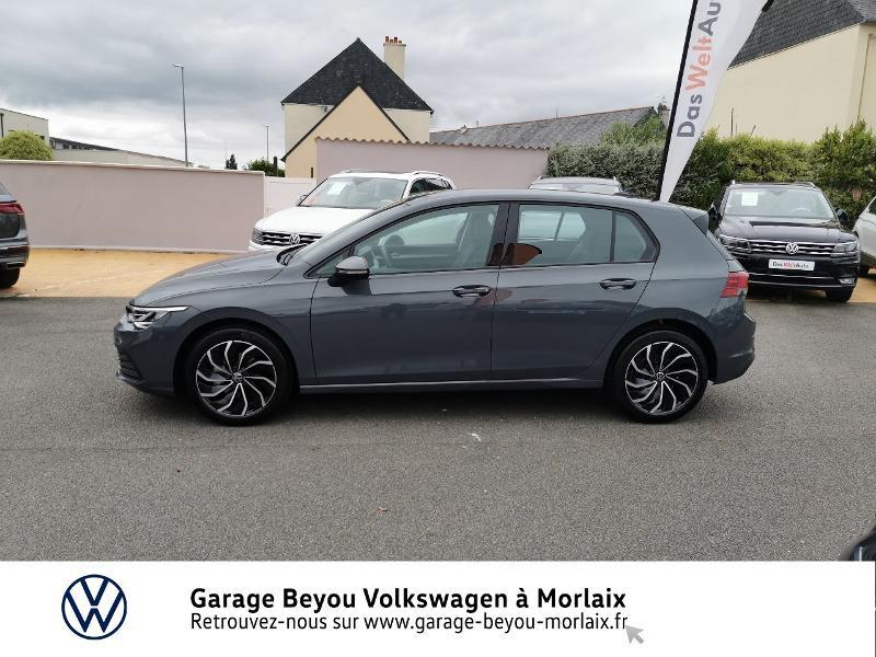 Photo 2 de l'offre de VOLKSWAGEN Golf 1.5 TSI ACT OPF 130ch Life 1st à 24490€ chez Garage Beyou- Volkswagen Morlaix