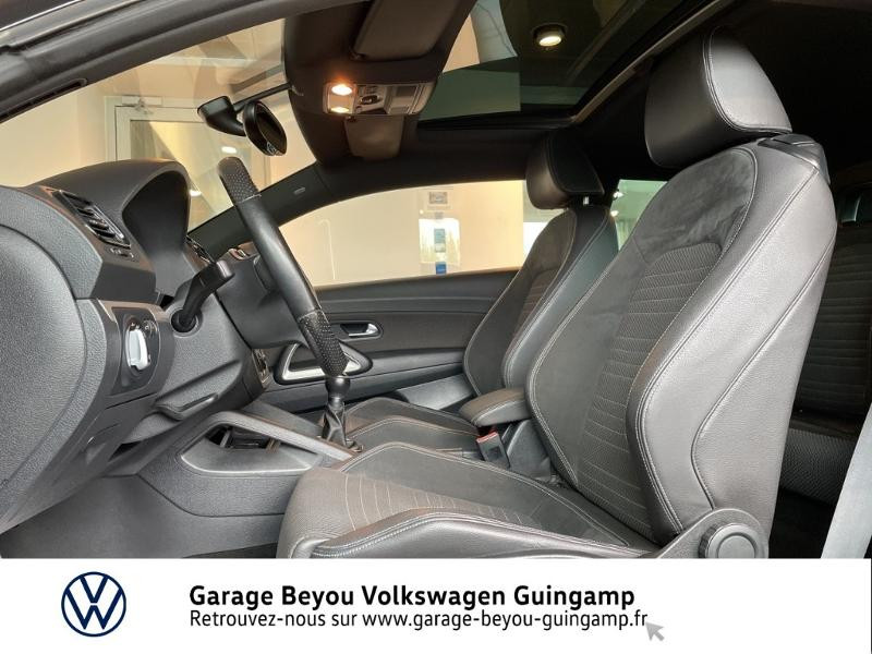 Photo 18 de l'offre de VOLKSWAGEN Scirocco 1.4 TSI 160ch à 10990€ chez Garage Beyou - Volkswagen Guingamp