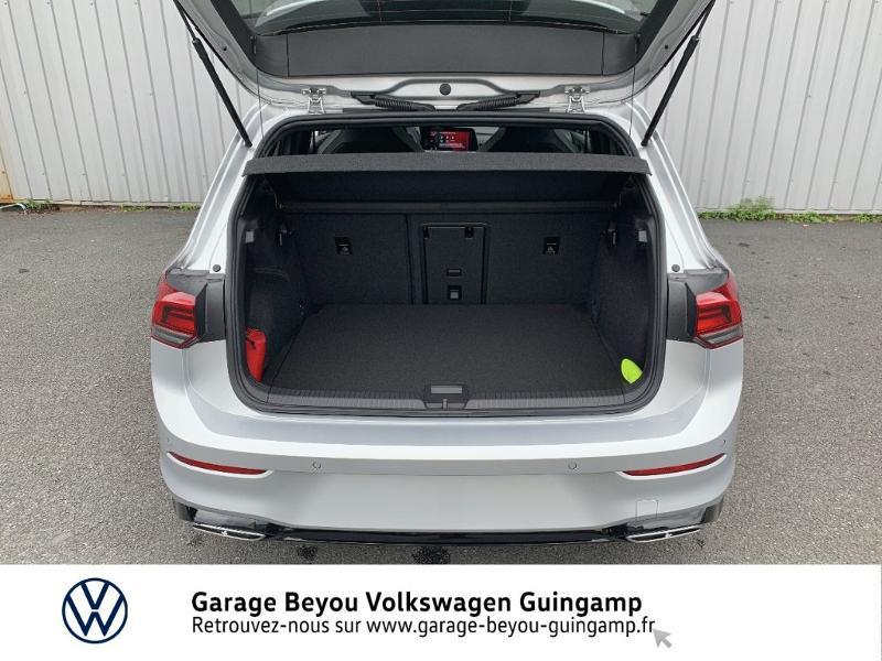 Photo 12 de l'offre de VOLKSWAGEN Golf 1.5 TSI OPF 130ch R-Line BVM6 à 26990€ chez Garage Beyou - Volkswagen Guingamp