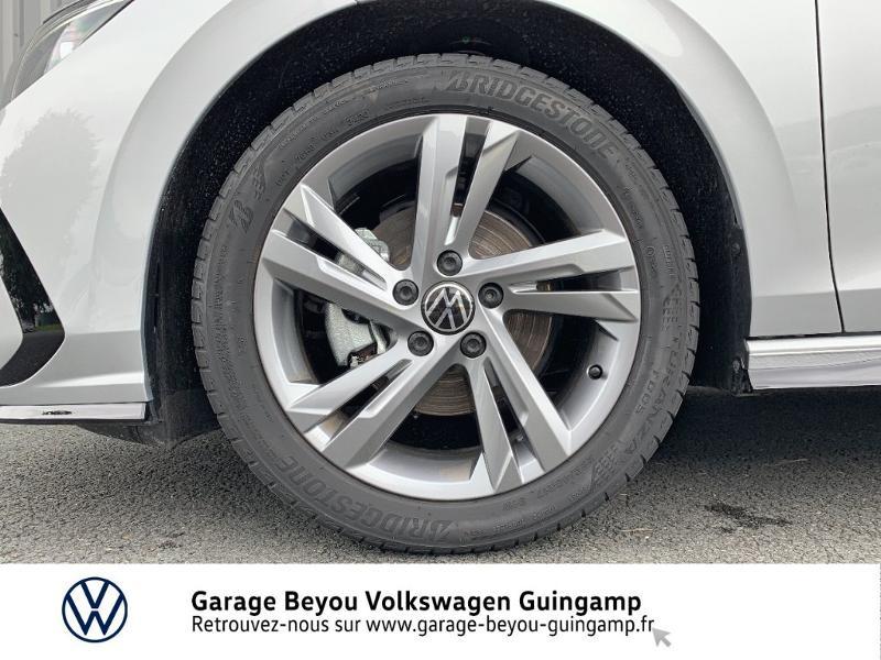 Photo 13 de l'offre de VOLKSWAGEN Golf 1.5 TSI OPF 130ch R-Line BVM6 à 26990€ chez Garage Beyou - Volkswagen Guingamp