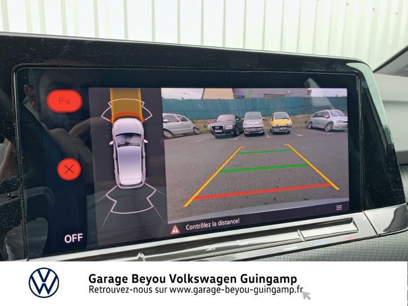 Photo 18 de l'offre de VOLKSWAGEN Golf 1.5 TSI OPF 130ch R-Line BVM6 à 26990€ chez Garage Beyou - Volkswagen Guingamp