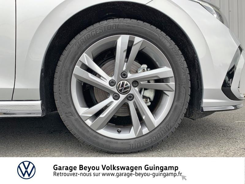 Photo 16 de l'offre de VOLKSWAGEN Golf 1.5 TSI OPF 130ch R-Line BVM6 à 26990€ chez Garage Beyou - Volkswagen Guingamp