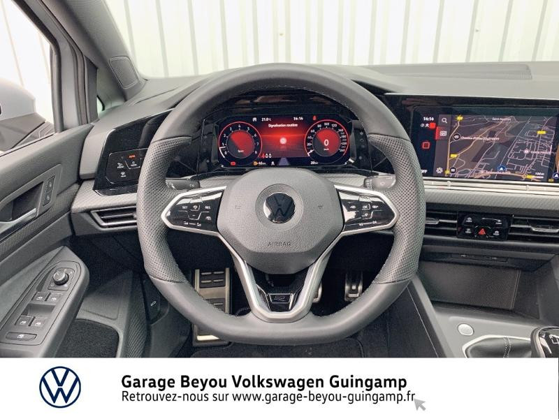 Photo 7 de l'offre de VOLKSWAGEN Golf 1.5 TSI OPF 130ch R-Line BVM6 à 26990€ chez Garage Beyou - Volkswagen Guingamp