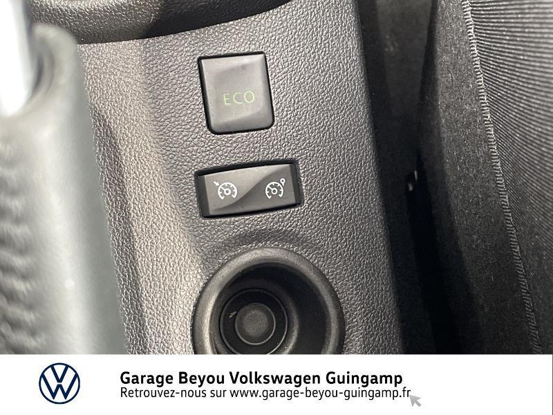 Photo 18 de l'offre de RENAULT Captur 1.5 dCi 110ch energy Intens à 13990€ chez Garage Beyou - Volkswagen Guingamp