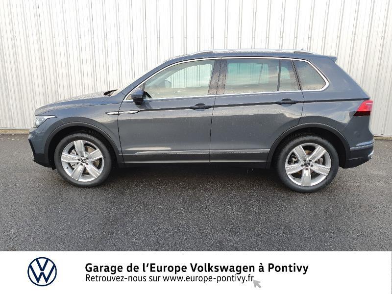 Photo 2 de l'offre de VOLKSWAGEN Tiguan 2.0 TDI 200ch Elegance 4Motion DSG7 à 46900€ chez Garage de L'Europe - Volkswagen Pontivy