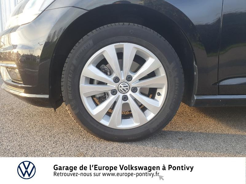 Photo 16 de l'offre de VOLKSWAGEN Golf 1.6 TDI 115ch FAP Confortline Business 5p à 16490€ chez Garage de L'Europe - Volkswagen Pontivy