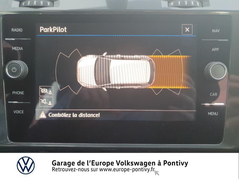 Photo 17 de l'offre de VOLKSWAGEN Golf 1.6 TDI 115ch FAP Confortline Business 5p à 16490€ chez Garage de L'Europe - Volkswagen Pontivy