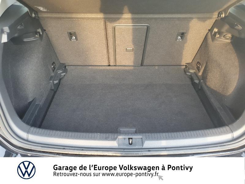 Photo 12 de l'offre de VOLKSWAGEN Golf 1.6 TDI 115ch FAP Confortline Business 5p à 16490€ chez Garage de L'Europe - Volkswagen Pontivy