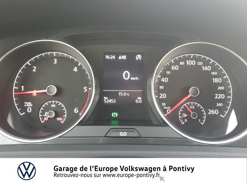 Photo 9 de l'offre de VOLKSWAGEN Golf 1.6 TDI 115ch FAP Confortline Business 5p à 16490€ chez Garage de L'Europe - Volkswagen Pontivy