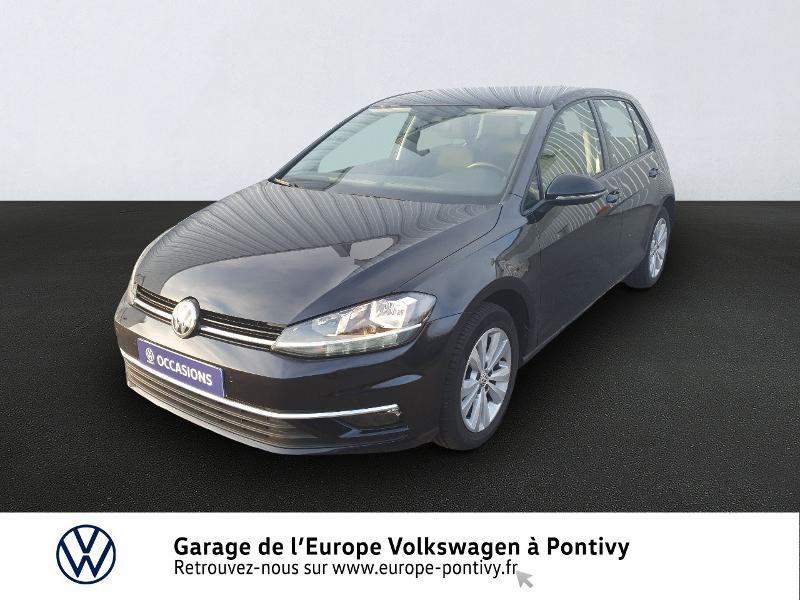 Photo 1 de l'offre de VOLKSWAGEN Golf 1.6 TDI 115ch FAP Confortline Business 5p à 16490€ chez Garage de L'Europe - Volkswagen Pontivy