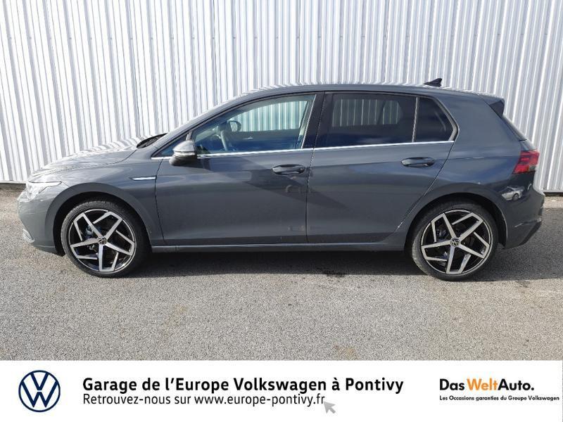 Photo 2 de l'offre de VOLKSWAGEN Golf 2.0 TDI SCR 150ch Style 1st DSG7 à 35755€ chez Garage de L'Europe - Volkswagen Pontivy