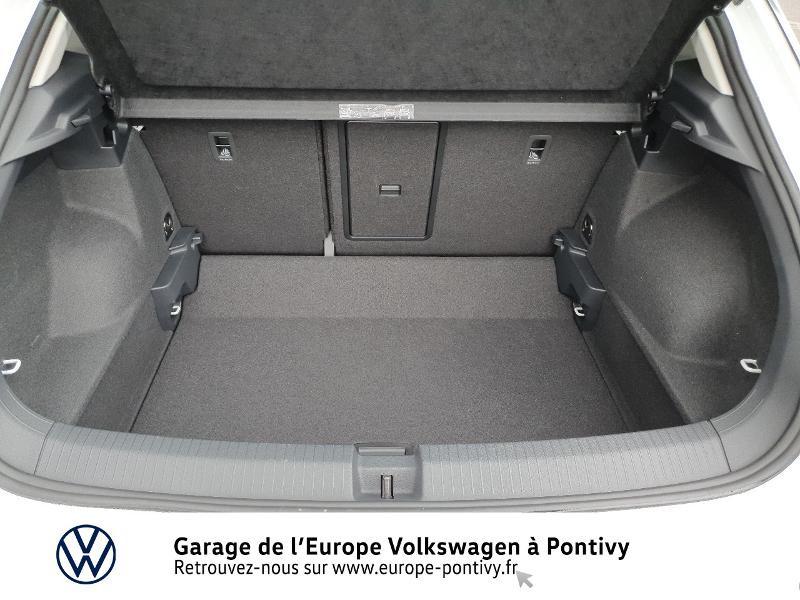 Photo 12 de l'offre de VOLKSWAGEN T-Roc 2.0 TDI 115ch Active S&S à 28990€ chez Garage de L'Europe - Volkswagen Pontivy