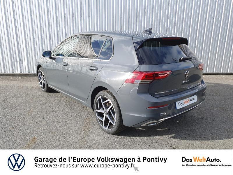 Photo 3 de l'offre de VOLKSWAGEN Golf 2.0 TDI SCR 150ch Style 1st DSG7 à 35755€ chez Garage de L'Europe - Volkswagen Pontivy
