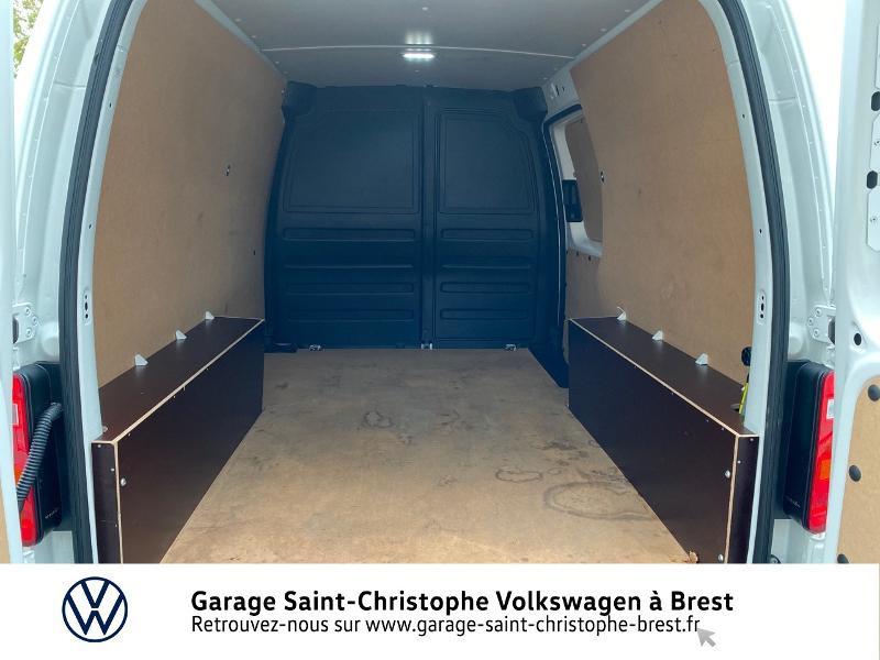 Photo 12 de l'offre de VOLKSWAGEN Caddy Van Maxi 2.0 TDI 102ch Business Line à 15990€ chez Garage Saint Christophe - Volkswagen Brest
