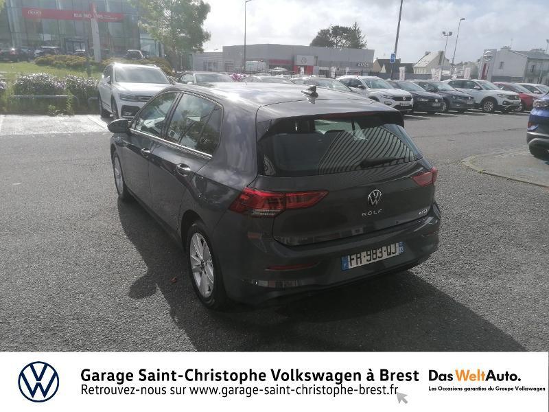 Photo 3 de l'offre de VOLKSWAGEN Golf 1.5 eTSI OPF 150ch Life 1st DSG7 à 26490€ chez Garage Saint Christophe - Volkswagen Brest