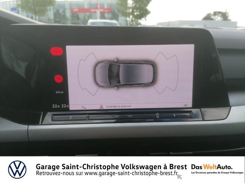 Photo 17 de l'offre de VOLKSWAGEN Golf 1.5 eTSI OPF 150ch Life 1st DSG7 à 26490€ chez Garage Saint Christophe - Volkswagen Brest