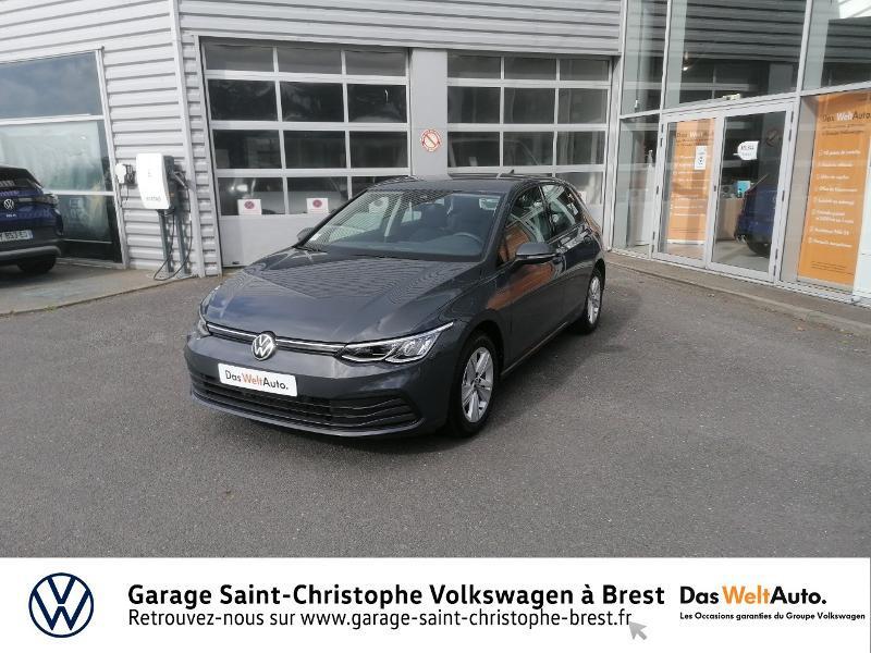 Photo 18 de l'offre de VOLKSWAGEN Golf 1.5 eTSI OPF 150ch Life 1st DSG7 à 26490€ chez Garage Saint Christophe - Volkswagen Brest