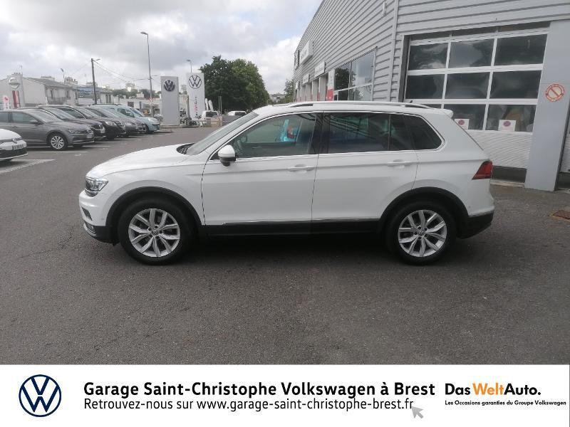 Photo 2 de l'offre de VOLKSWAGEN Tiguan 2.0 TDI 150ch Carat DSG7 Euro6d-T à 29850€ chez Garage Saint Christophe - Volkswagen Brest