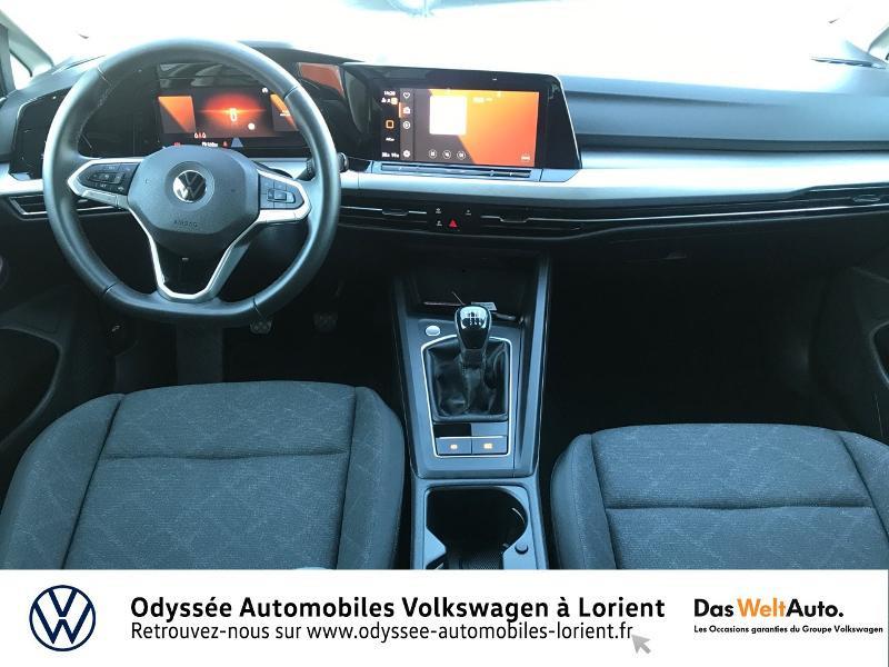 Photo 6 de l'offre de VOLKSWAGEN Golf 2.0 TDI SCR 115ch Life Business 1st 109g à 26490€ chez Odyssée Automobiles - Volkswagen Lorient