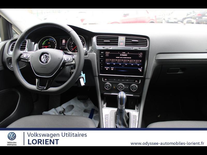Photo 4 de l'offre de VOLKSWAGEN e-Golf 136ch 8cv à 22990€ chez Odyssée Automobiles - Volkswagen Lorient