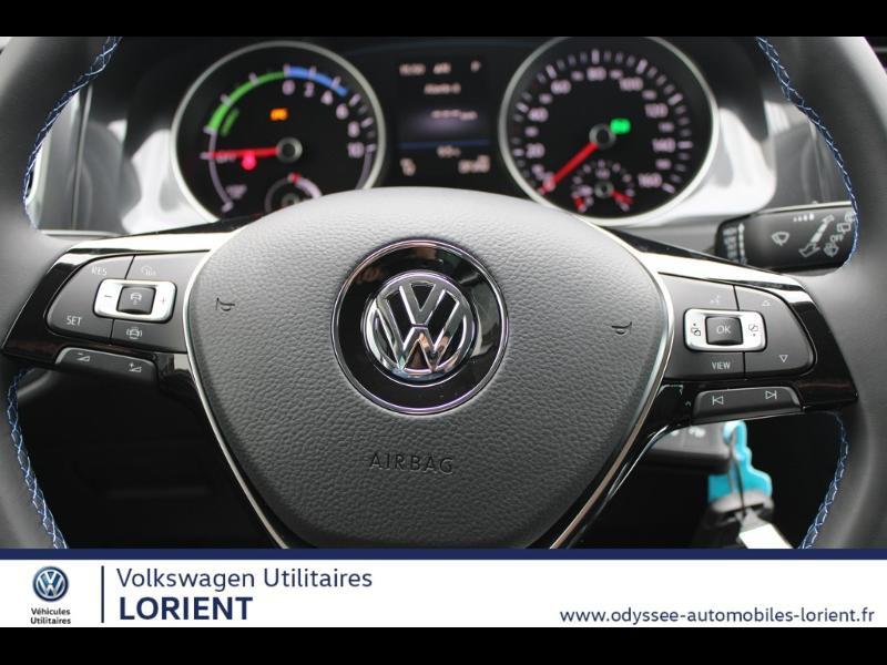 Photo 9 de l'offre de VOLKSWAGEN e-Golf 136ch 8cv à 22990€ chez Odyssée Automobiles - Volkswagen Lorient
