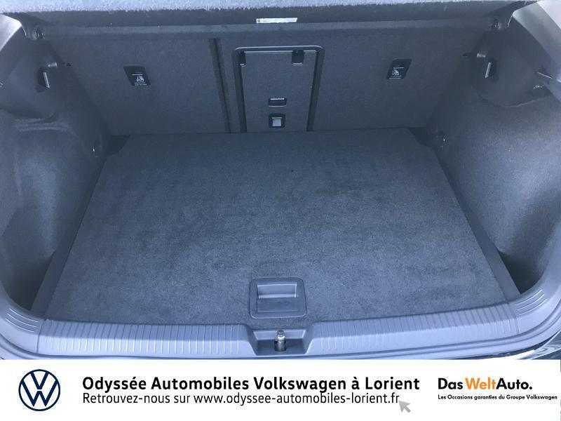 Photo 12 de l'offre de VOLKSWAGEN Golf 2.0 TDI SCR 115ch Life Business 1st 109g à 26490€ chez Odyssée Automobiles - Volkswagen Lorient