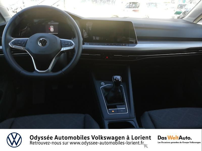 Photo 6 de l'offre de VOLKSWAGEN Golf 1.5 TSI ACT OPF 130ch Life 1st 121g à 23690€ chez Odyssée Automobiles - Volkswagen Lorient