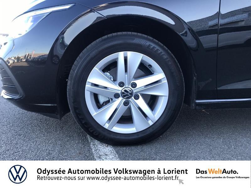 Photo 15 de l'offre de VOLKSWAGEN Golf 2.0 TDI SCR 115ch Life Business 1st 109g à 26490€ chez Odyssée Automobiles - Volkswagen Lorient