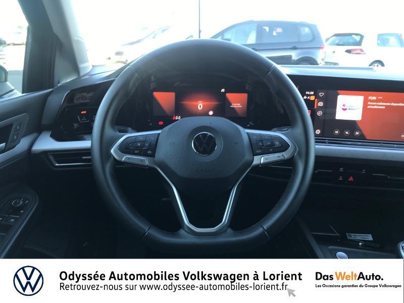 Photo 7 de l'offre de VOLKSWAGEN Golf 2.0 TDI SCR 115ch Life Business 1st 109g à 26490€ chez Odyssée Automobiles - Volkswagen Lorient
