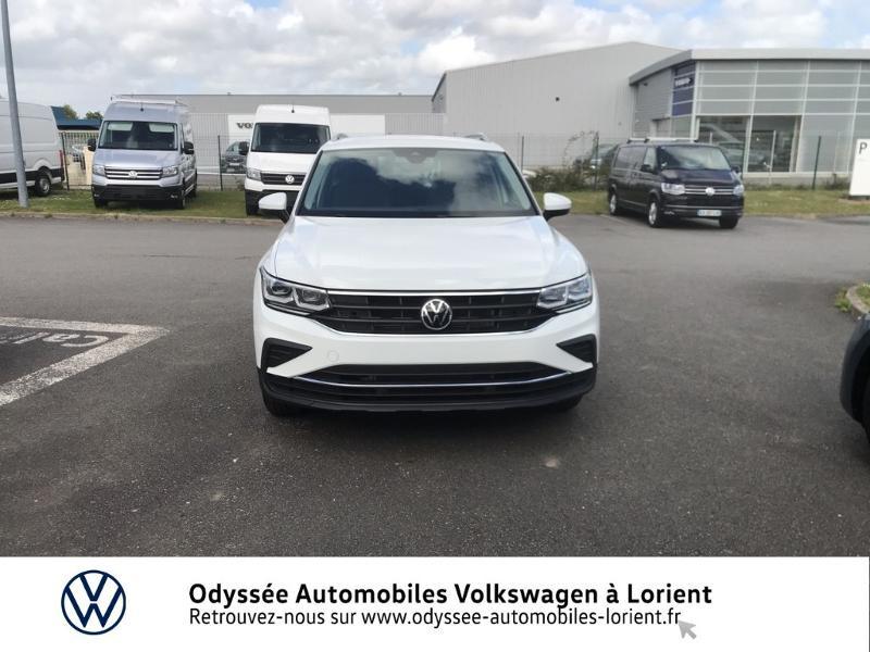 Photo 5 de l'offre de VOLKSWAGEN Tiguan 2.0 TDI 150ch Active à 35990€ chez Odyssée Automobiles - Volkswagen Lorient