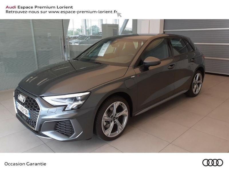 Photo 1 de l'offre de AUDI A3 Sportback 40 TFSI e 204ch S line S tronic 6 à 45490€ chez Odyssée Automobiles - Volkswagen Lorient