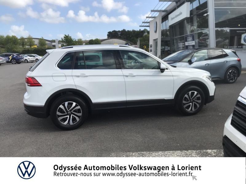 Photo 4 de l'offre de VOLKSWAGEN Tiguan 2.0 TDI 150ch Active à 35990€ chez Odyssée Automobiles - Volkswagen Lorient