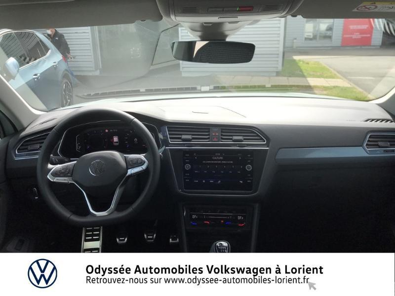 Photo 6 de l'offre de VOLKSWAGEN Tiguan 2.0 TDI 150ch Active à 35990€ chez Odyssée Automobiles - Volkswagen Lorient