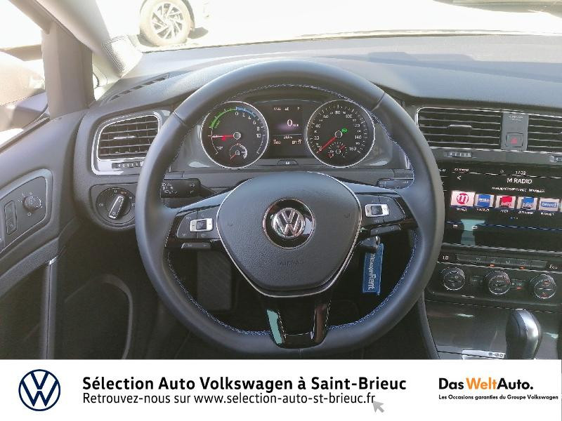 Photo 7 de l'offre de VOLKSWAGEN e-Golf 136ch à 24990€ chez Prestige Automobiles – Audi St Brieuc
