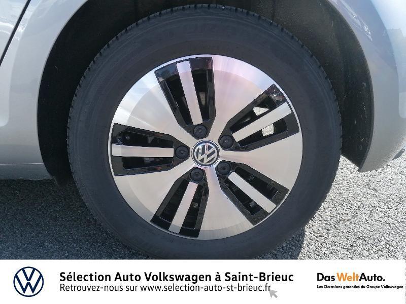 Photo 14 de l'offre de VOLKSWAGEN e-Golf 136ch à 24990€ chez Prestige Automobiles – Audi St Brieuc