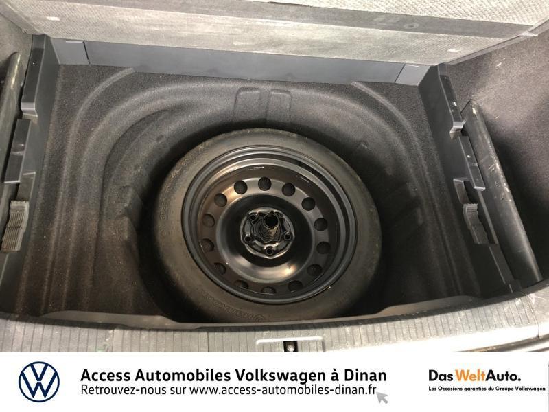 Photo 12 de l'offre de VOLKSWAGEN Golf SW 1.6 TDI 115ch FAP BlueMotion Technology Confortline Business à 14990€ chez Access Automobiles - Volkswagen Dinan