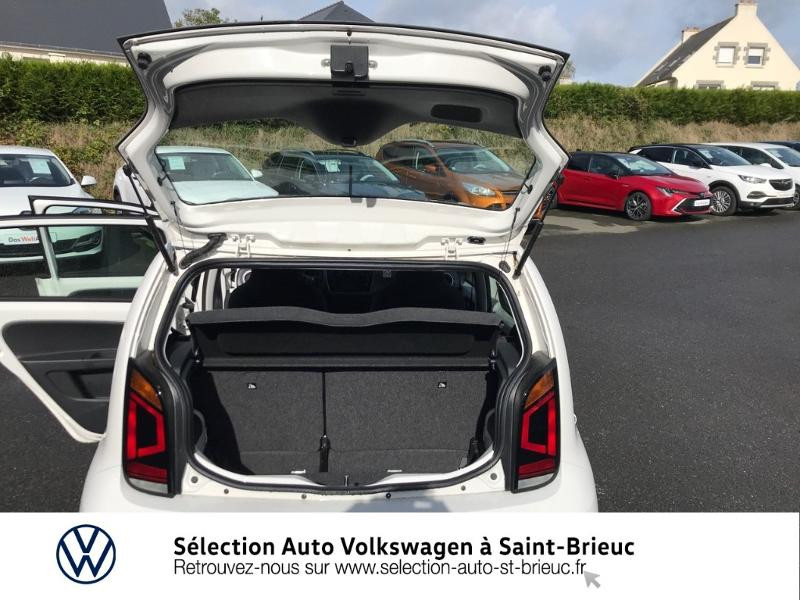 Photo 12 de l'offre de VOLKSWAGEN up! 1.0 60ch BlueMotion Technology IQ.Drive 5p Euro6d-T à 9990€ chez Sélection Auto - Volkswagen Saint Brieuc