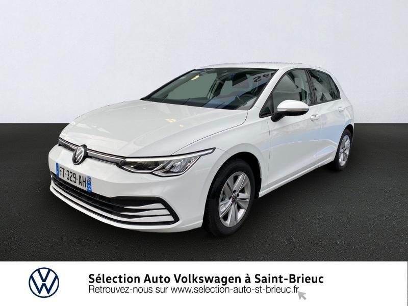 Photo 1 de l'offre de VOLKSWAGEN Golf 2.0 TDI SCR 115ch Life 1st à 24990€ chez Sélection Auto - Volkswagen Saint Brieuc