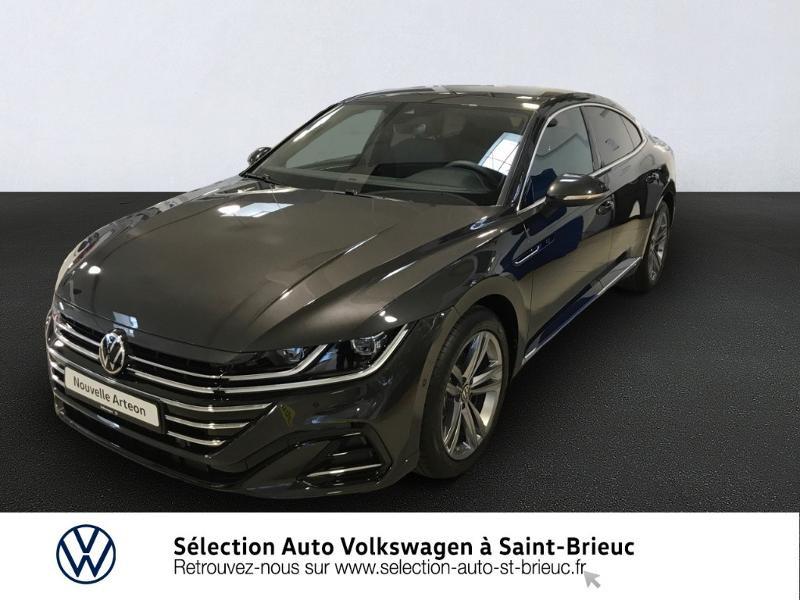 Photo 1 de l'offre de VOLKSWAGEN Arteon 2.0 tdi 150 cv EVO dsg RLINE à 42990€ chez Sélection Auto - Volkswagen Saint Brieuc