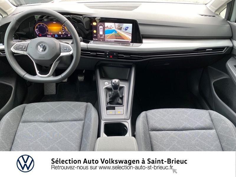 Photo 5 de l'offre de VOLKSWAGEN Golf 2.0 TDI SCR 115ch Life 1st à 24990€ chez Sélection Auto - Volkswagen Saint Brieuc
