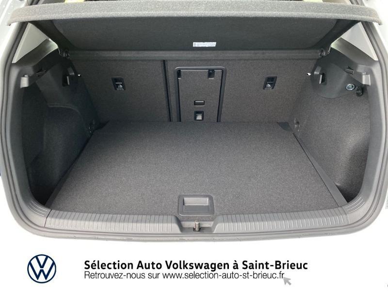 Photo 10 de l'offre de VOLKSWAGEN Golf 2.0 TDI SCR 115ch Life 1st à 24990€ chez Sélection Auto - Volkswagen Saint Brieuc