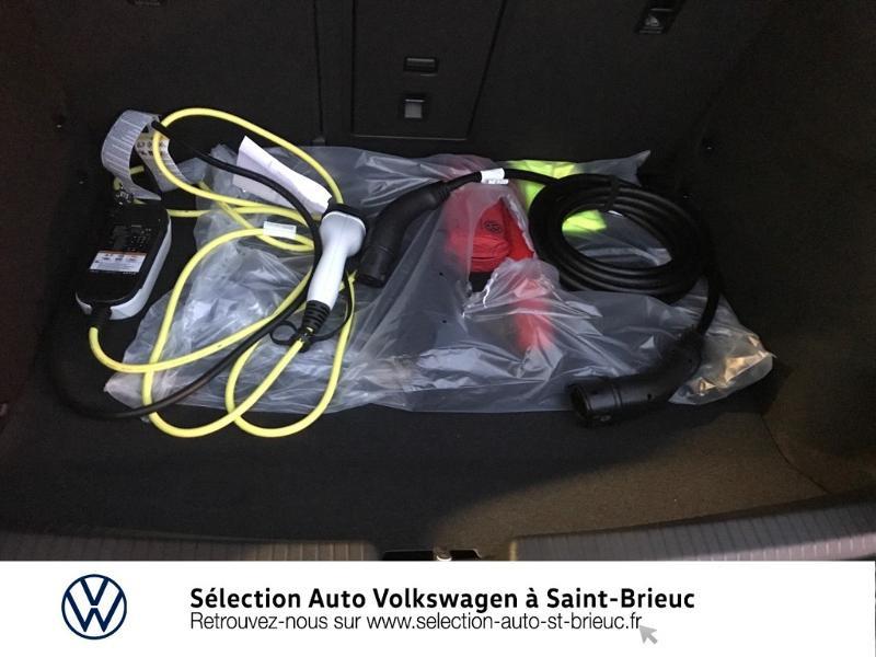 Photo 10 de l'offre de VOLKSWAGEN ID.3 204ch Tech à 42990€ chez Sélection Auto - Volkswagen Saint Brieuc