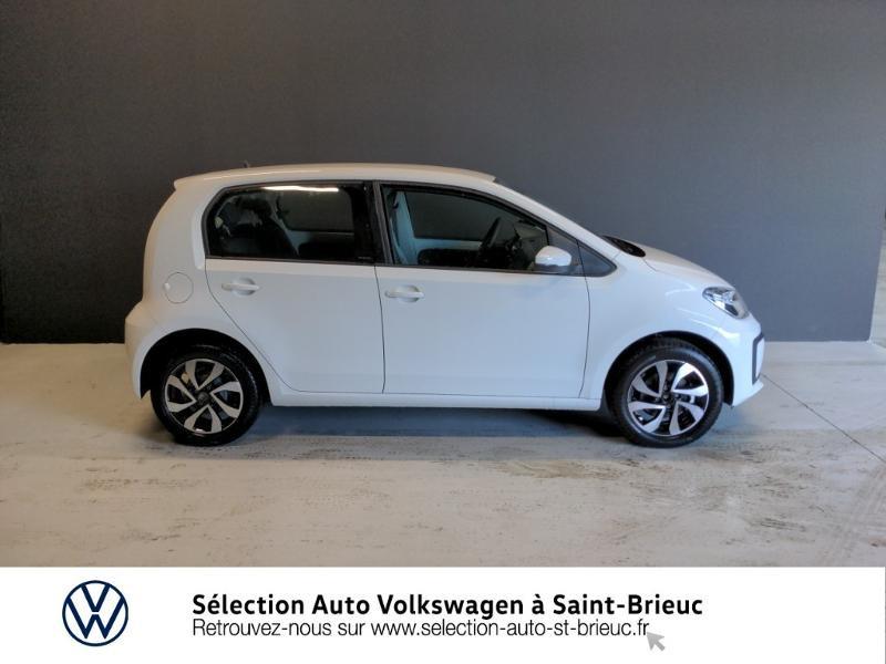 Photo 4 de l'offre de VOLKSWAGEN up! 1.0 65ch BlueMotion Technology Active 5p à 12990€ chez Sélection Auto - Volkswagen Saint Brieuc