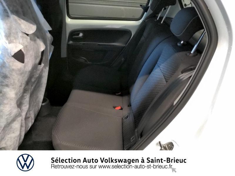Photo 10 de l'offre de VOLKSWAGEN up! 1.0 65ch BlueMotion Technology Active 5p à 12990€ chez Sélection Auto - Volkswagen Saint Brieuc