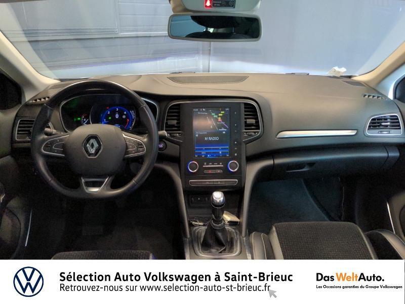 Photo 6 de l'offre de RENAULT Megane 1.6 dCi 130ch energy Intens à 14990€ chez Sélection Auto - Volkswagen Saint Brieuc