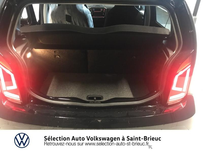 Photo 5 de l'offre de VOLKSWAGEN e-up! Electrique 83ch 4cv à 16990€ chez Sélection Auto - Volkswagen Saint Brieuc